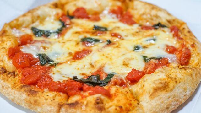 チーズピザ